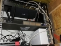 Router dumnie zamocowany w szafie